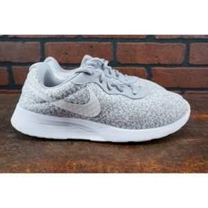 Nike Tanjun Print Womens Size 9 Running Shoes Gray
